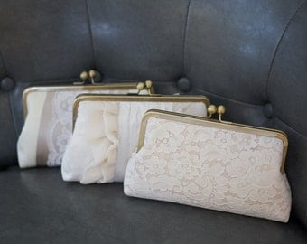 Champagne Bridesmaid Clutch | Bridesmaid Gift Idea | Lace Wedding Clutch Purse [Champagne Clutch Set]