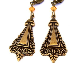 Ornate Victorian style antiqued brass earrings, oxidized brass stamping earrings, steampunk triangle earrings, light weight vintage style
