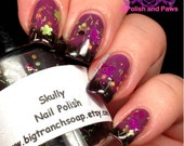"Color Changing Thermal Nail Polish - ""SKULLY"" - Black/Purple  - Temperature Changing"