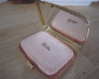 Revlon Gold Foundation Powder Make Up Compact