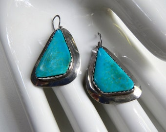 Vintage 1970's Turquoise & Silver Earrings (Free Shipping)