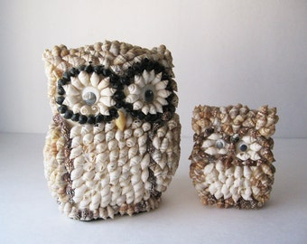 Vintage Shell Covered Owls, Kitschy Beach Decor, Mama and Baby