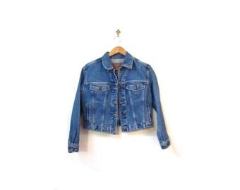 BTS SALE Vintage 90s Grunge Stonewashed Cropped Button Up Denim Jacket women s m vestiesteam light blue retro preppy indie hipster
