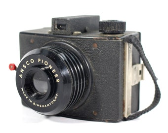 Vintage Ansco Pioneer Camera