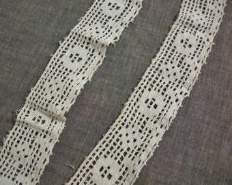 Vintage Filet Crocheted Rose Lace for Pillowcase