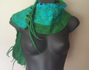 Nuno Felted Scarf - Green Felt Scarf - Merino Wool Felted Scarf - Silk Scarf - Nuno - Wet Felting - Women's Accessories - Gift for Her