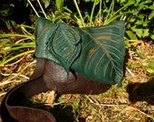 Medium Leather Leaf Purse / Bag Pouch Tote Sack Satchel Woodsy Woodland Elf Faerie Renaissance Hobbit Earthy Earth Wood Nymph Leaves RenFest