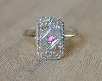 Art Deco Filigree Ring in 14K White Gold with Burma Spinel