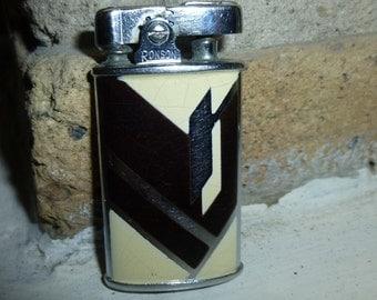 Art Metal Works /  Ronson Pocket Lighter Art Deco Cream with Brown Enamel. Circa 1930s