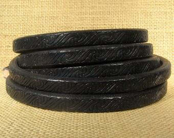 Regaliz Licorice Leather - Embossed Black - Choose Your Length