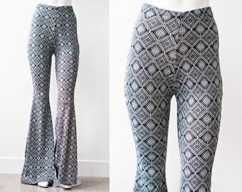 SAMPLE SALE Black and White Geometric High Waist Bellbottom Pants S 34 Inseam