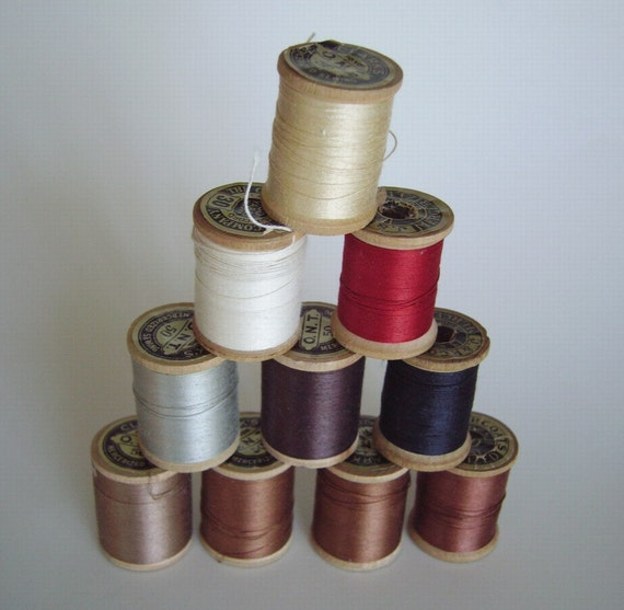 Vintage Clark's and J & P Coats thread on wood spools – 10 partially used and unused spools, with labels – earth tones – Made in USA