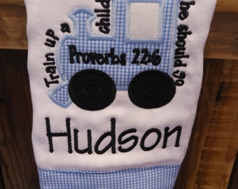Personalized burp cloth// Personalized applique burp cloth//train applique burp cloth//baby shower gift//baby boy gift