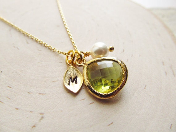 peridot necklace gold august birthstone necklace leaf. Black Bedroom Furniture Sets. Home Design Ideas