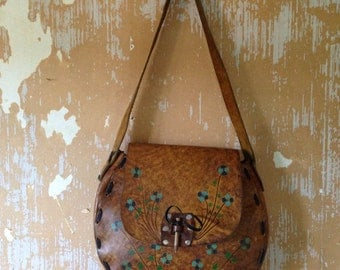 vintage. 70s Handmade Large Leather Bag  // Rare Boho Purse