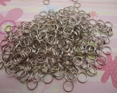 300pcs 0.7x7mm silver gray double circle split jump rings