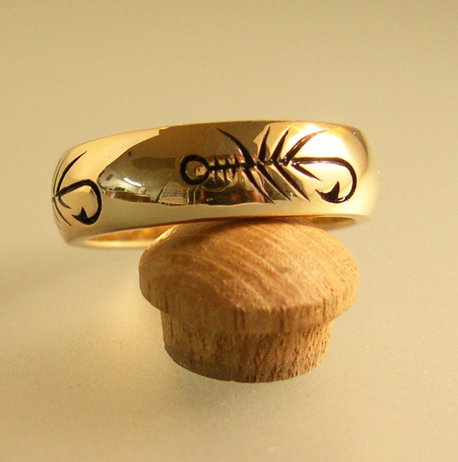 Gold fly fishing ring wedding band fishing wedding band for Fishing wedding band