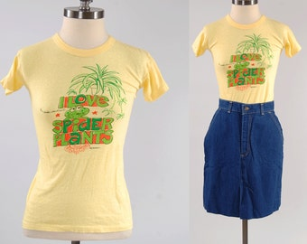 Vintage 70s I Love Spider Plants t shirt / tiny fitted ladies tee / Hippie t shirt