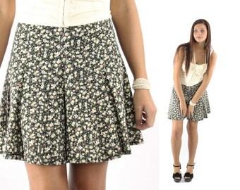 Vintage 90s Floral Shorts Skorts Mini Skirt High Waisted Shorts Teen Spring Summer Fashion 1990s Medium M Full Skirt