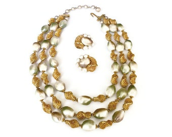 Trifari Necklace, Trifari Earrings, Baroque Pearl, Gold Tone, Designer Jewelry, Pearl Jewelry, Vintage Jewelry Set
