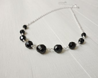 Black beads necklace short chain necklace graduated beads necklace minimalist women's necklace