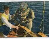 Deep Sea Diver Sponge Fishing Tarpon Springs Florida linen postcard