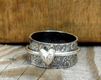 Paisley & Heart Wide Spinner Ring