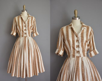vintage 1950s dress / brown and gold print silk dress / 50s dress