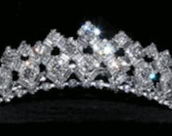 Magnificent Rhinestone Bridal Tiara Comb