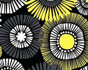 Straw Daisy in Citron, Contemporary Florals Collection for Michael Miller Fabric, 1 Yard