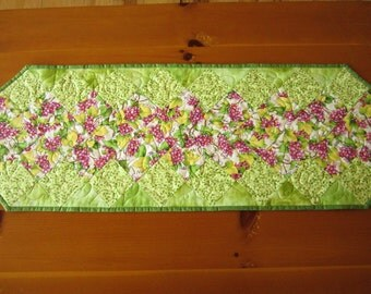 Handmade Table Runner Quilted Table Runner Patchwork Grapes Home Decor, Spring Table Runner, Green Table Runner Tablerunner Quilted Pieced