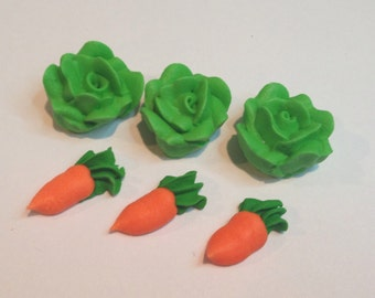 LOT of 50 lettuces and 50 carrots Royal Icing
