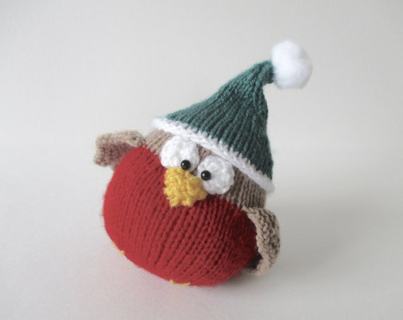 Chubby Robin Christmas toy knitting pattern
