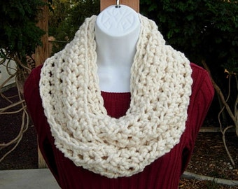 Infinity Scarf Cowl Loop, Solid Light Cream Off White Soft Thick Wool Blend Handmade Crochet Knit Winter Circle, Ready to Ship in 2 Days