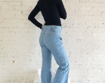 MYSTERY BRAND Light Wash High Waist Wide Legged Denim Bell Bottoms