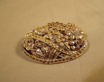 Vintage 1930s Art Deco Rhodium Plated Marcasite Pin Brooch Flowers Leaves Ribbons 8131