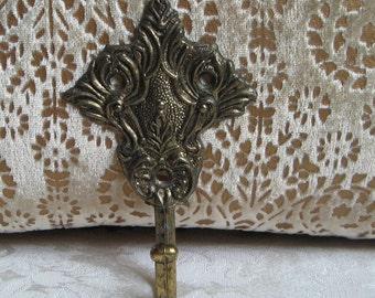 Vintage Ornate Metal Wall Hook Art Hanger, Gold Tone Filigree Fleur de Lis, American Tack & Hdwe. Co. 1968