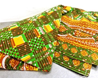 vintage tablecloth - 1960s green/yellow/brown tribal print mid century tablecloth