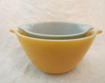 Vintage Fire King Nesting Bowls