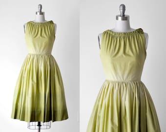 50's vintage dress. 1950 green dress. ombre. cotton. tulle. full skirt. xs