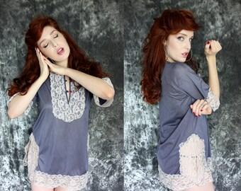 SALE Vintage 1980s Lavender Lace Rosette Nightie