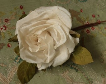 Lovely large vintage white cream velvet millinery flower  pin corsage shades hat cloche bonnet