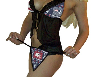 NFL Lingerie New England Patriots Sexy Cami Top and Lace Booty Shorts Plus FREE Matching G-String Thong Panty