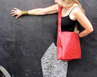 Red Messenger w/yellow circular stitching