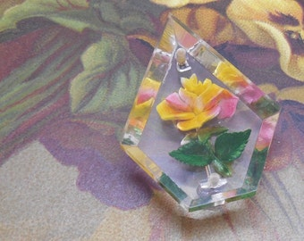 Reverse Carved Lucite Yellow Rose Flower Brooch    MBX38
