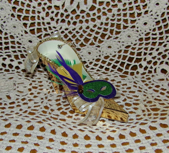 Gold Mardi Gras Mask Couture High Heel Paper Shoe Ornament