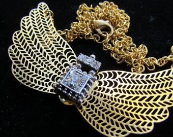 Gorgeous  Winged Filigree and jeweled Necklace Pendant Z 60