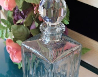 Clear crystal decanter