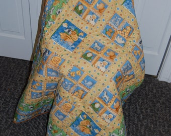 CHRISTMAS SALE, Free Shipping, 50% off Sale, Noah's Ark Baby Quilt, Hand Quilted, Flannel Backed