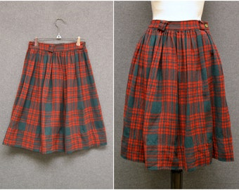 1970s Red and Green Plaid Skirt